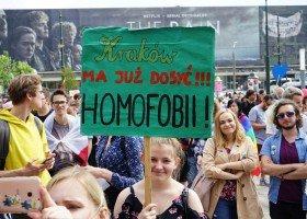 Gdula: czas porzucić ideologię i stanąć po stronie ludzi