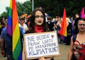 Kryzys klimatyczny nie interesuje polityków, więc wolą straszyć społeczeństwo LGBT