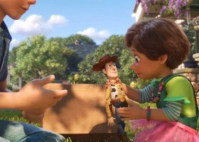 """Para kobiet z dzieckiem w """"Toy Story 4"""""""