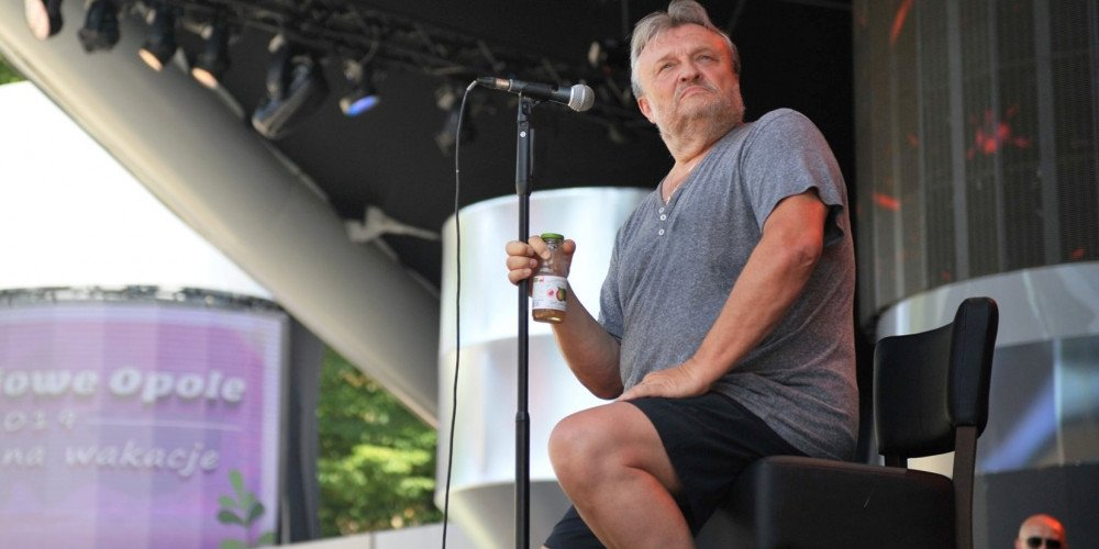 """Krzysztof Cugowski akceptuje """"inność seksualną"""", ale LGBT mu """"nie odpowiada"""""""