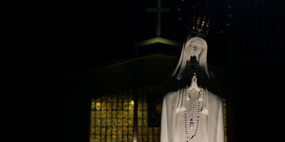 Ksiądz defraudował pieniądze parafii na spotkania z mężczyznami