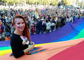 Marsz Równości czy przysięga WOT? Dla prezydenta Żuka sprawa jest jasna