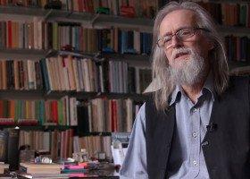 Profesor Sławek krytykuje rząd za nagonkę na osoby LGBTQ