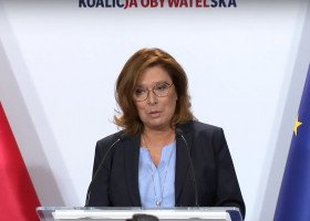 Kidawa-Błońska o adopcji przez pary jednopłciowe: jeszcze nie ten czas