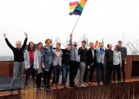 Homofobiczne banery z furgonetki jeżdżącej po Polsce zakazane przez sąd