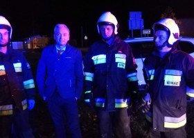 Strażacy dziękują Biedroniowi za pomoc w akcji ratunkowej