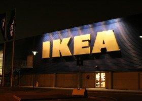 """IKEA """"nie odnotowała negatywnych skutków"""" bojkotu po zwolnieniu pracownika za homofobię"""