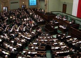 Ustawa o zakazie edukacji seksualnej przegłosowana, trafi do dalszych prac komisji