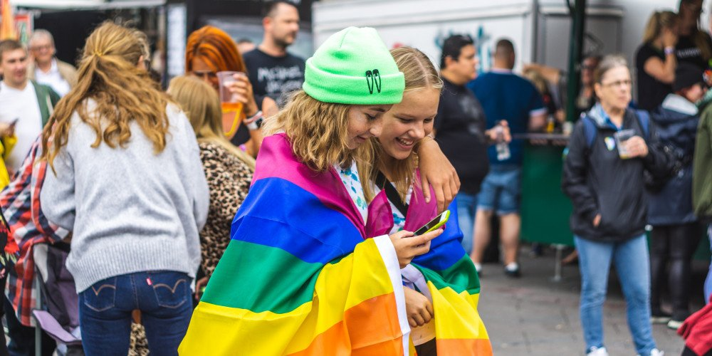 Radni i radne PiS w Gdańsku przeciwko LGBT w szkołach