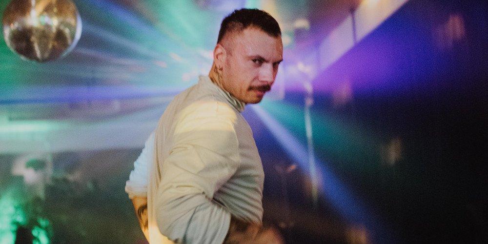 """""""Krewetki w Cekinach"""" - zapraszamy na imprezę LGBTQ w klimacie disco"""