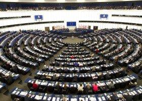 Parlament Europejski skrytykował Polskę za próbę zakazu Edukacji Seksualnej