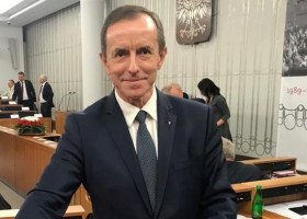 """Tomasz Grodzki: """"dla polskich dzieci nie jest ważna ideologia LGBT"""""""