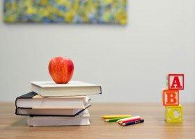 Dzieci zgłosiły dyrekcji homofobiczne komentarze nauczycielki, została zwolniona
