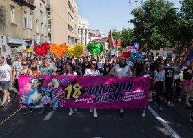Sąd w Chorwacji: pary jednopłciowe mogą być rodzicami zastępczymi