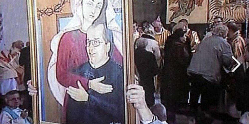 Prokuratura: Matka Boska z Dzieciątkiem Tadeusz Rydzyk nie obraża