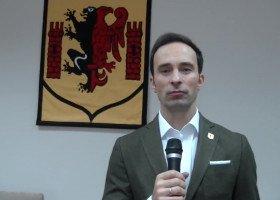 Rypin: burmistrz tłumaczy się z przyjęcia uchwały anty-LGBT