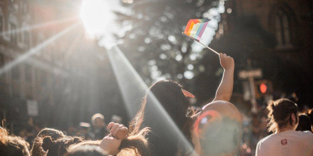 """W Berlinie odbył się protest przeciwko strefom """"wolnym od LGBT"""""""