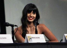 Jameela Jamil: podobają mi się wszyscy - czy to znaczy, że jestem panseksualna?