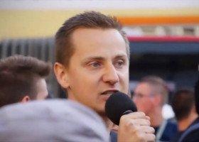 Czy były ksiądz, Jacek M., stanie przed sądem za homofobiczne obelgi?