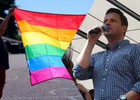 #DowódVictora - internauci wspierają chłopca dyskryminowanego przez polskie urzędy