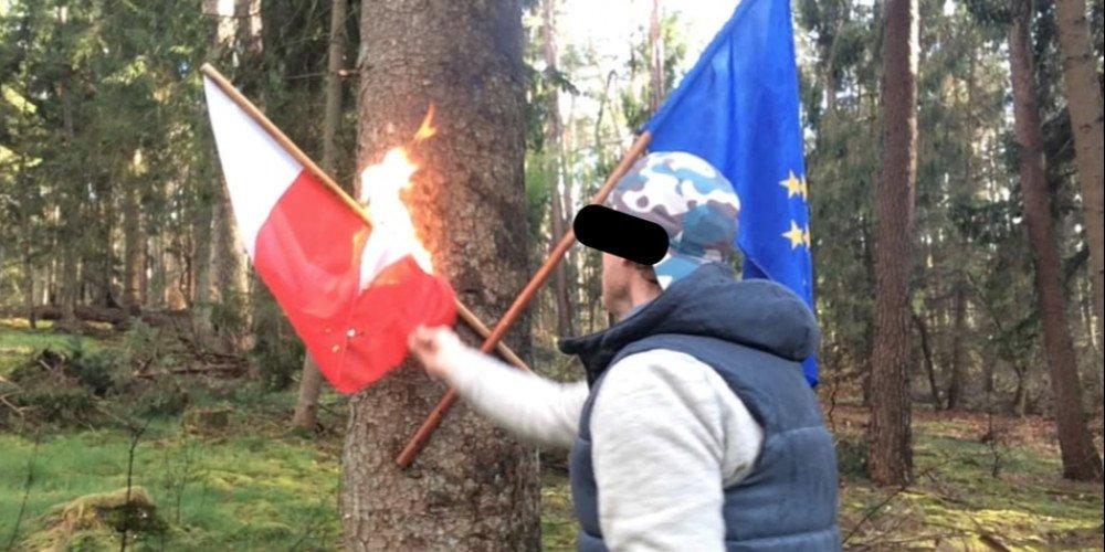 Społeczność LGBT+ oburzona spaleniem polskiej flagi