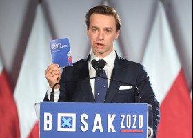 """Krzysztof Bosak wydał """"Nowy porządek"""" z tezami konstytucyjnymi"""