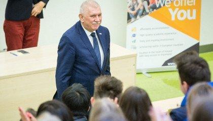 Rektor UŁ prosi społeczność akademicką o solidarność z osobami LGBT+