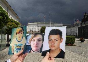 Staszewski pokazał Prezydentowi zdjęcia ofiar homo-, bi- i transfobii