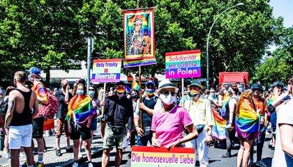 Kosma Kołodziej na Marszu w Berlinie: przyjechałem z najbardziej homofobicznego kraju w Europie