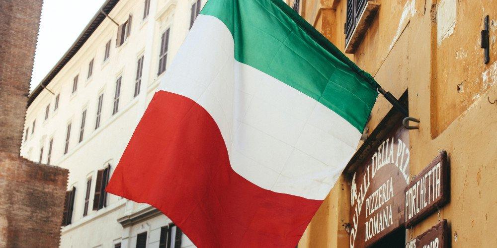 Włochy: projekt ustawy przewidujący nawet 6 lat więzienia za przemoc wobec osób LGBT