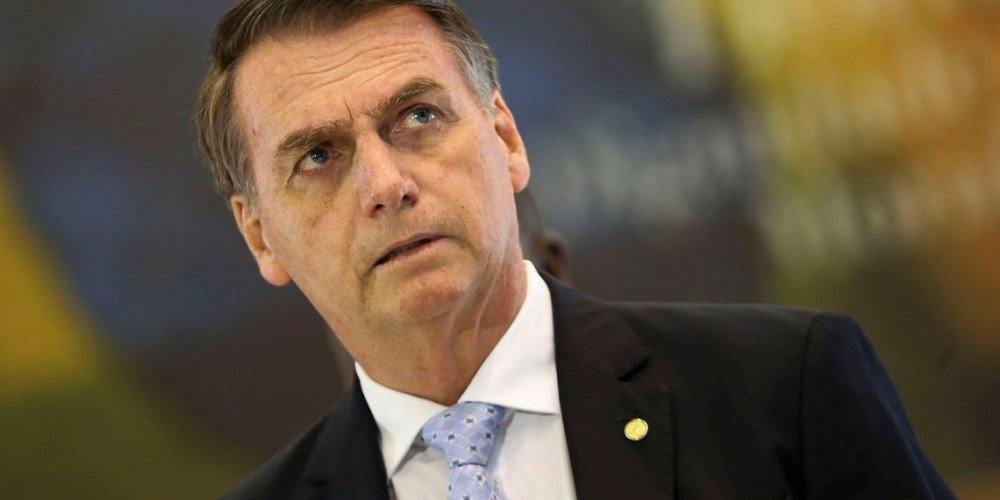 """Według prezydenta Brazylii noszenie masek jest """"pedalskie"""". Kilka dni później potwierdzono u niego koronawirusa"""