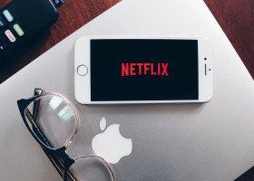 Netflix rezygnuje z tureckiej produkcji, ponieważ władzy nie spodobała się postać geja