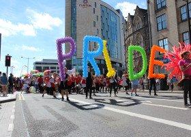 Walijski marsz równości w internecie