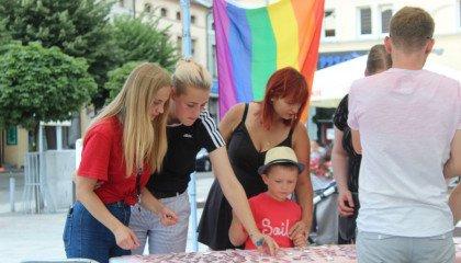Stowarzyszenie Pracownia Różnorodności: Tęczowe Kramy w kujawsko-pomorskich miastach