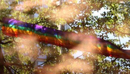 """Ministerstwo Sprawiedliwości będzie walczyć z czynami popełnionymi pod wpływem """"ideologii LGBT"""" za publiczne pieniądze"""