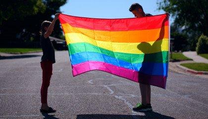 """Kolejna uchwała """"anty-LGBT"""" unieważniona! Gmina Serniki bez dyskryminacji"""