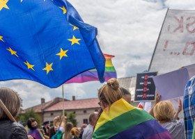 Parlament Europejski zajmie się sytuacją osób LGBT w Polsce i ich skargami. Wiąże kryzys praworządności z homofobią