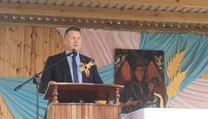Biedroń porównał dehumanizację osób LGBT do Żydów przed IIWŚ. Czarnek złożył zawiadomienie do prokuratury w tej sprawie