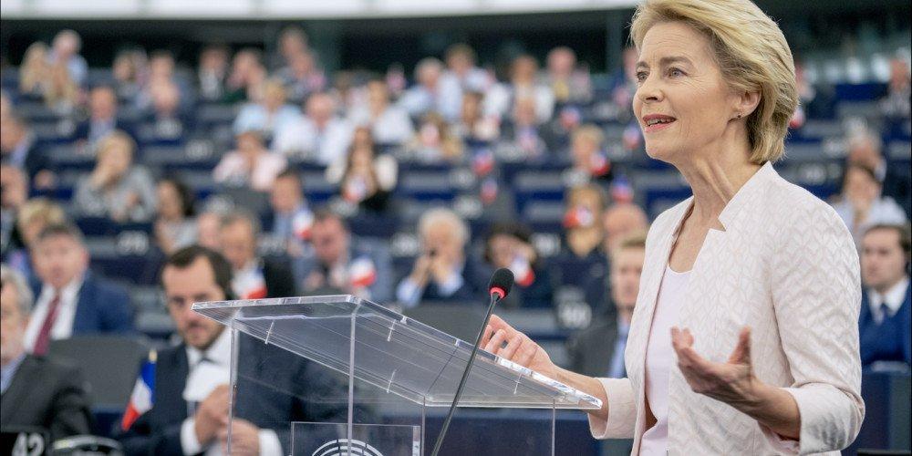 """Przewodnicząca Komisji Europejskiej: W UE nie ma miejsca na """"strefy wolne od LGBT"""""""