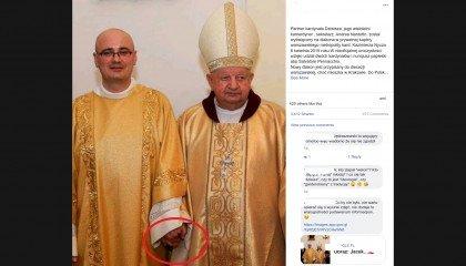 """""""Sto lat młodej parze!"""" - internauci żartują ze zdjęcia kardynała Dziwisza"""