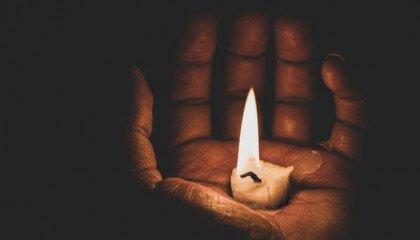 12-latka z Kozienic popełniła samobójstwo. Rówieśnicy twierdzą, że była zaszczuta na tle orientacji seksualnej