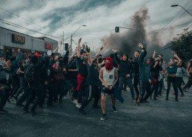 Od 9 miesięcy do roku więzienia w zawieszeniu. Skazano sprawców pobić na marszu w Białymstoku