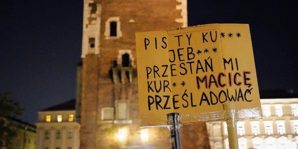 TO JEST WOJNA: strajki, demonstracje, agresja policji, protesty w kościołach. Czy mamy już drugą Białoruś?