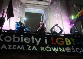 """""""Trzeba było nas nie wku*wiać"""": Strajk Kobiet idzie po równość razem z osobami LGBT!"""