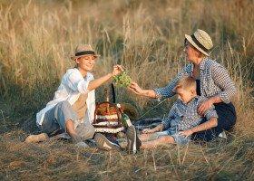Węgry chcą zakazać adopcji parom jednopłciowym z powodu... pandemii koronawirusa