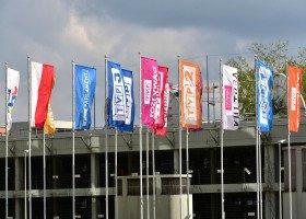 Carrefour wstrzymuje kampanię reklamową w TVP. Powodem nagonka na osoby LGBT