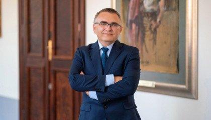 Rektor UWr: Nie zgadzam się ze słowami Przemysława Czarnka np. na temat LGBT