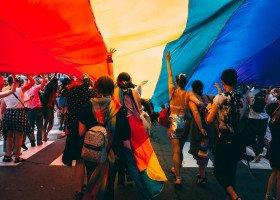Lekcja religii w krakowskim liceum: indoktrynacja i nienawistne hasła dotyczące feministek i osób LGBT słyszymy w kółko