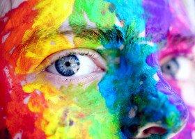 Zatrzymano sprawcę homofobicznej napaści na młodzieżowego radnego Poznania