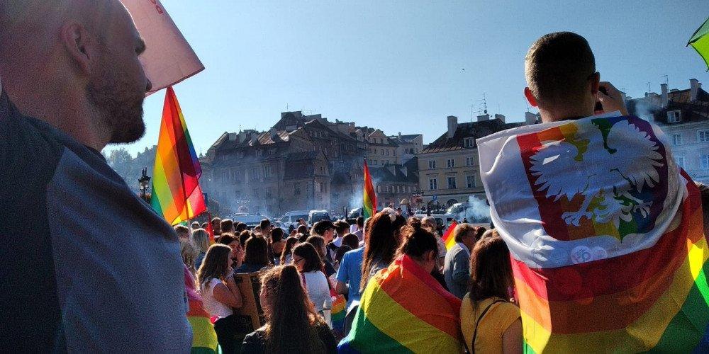 Lublin: Fundacja Kai Godek chce wstrzymać finansowanie dla organizacji popierających Strajk Kobiet, aborcję i LGBT